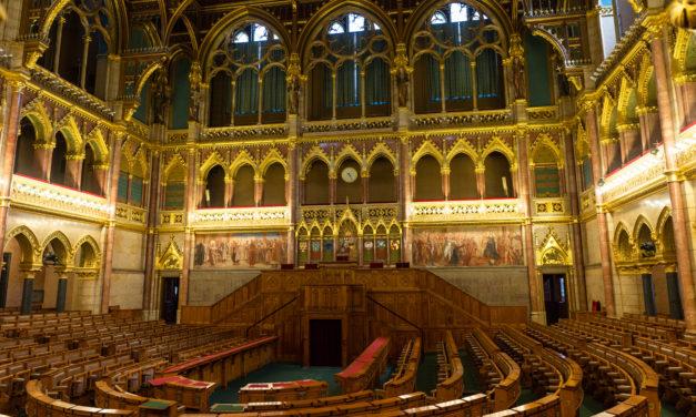 Szavazott az Országgyűlés – Elfogadták a 2018-as adócsomag második részét is